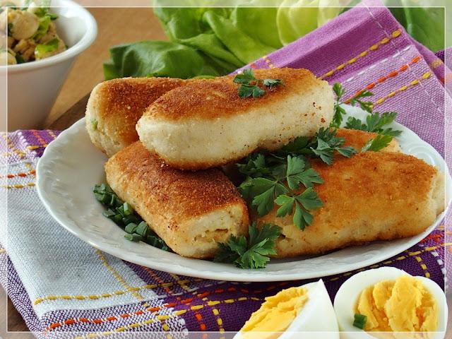 najlepsze domowe pierożki z chleba tostowego