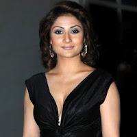 Curvy urvashi dholakia hot sexy bigg boss 6 winner