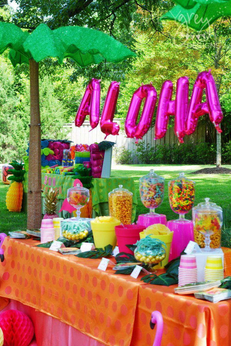 Graduation Theme Ideas: GreyGrey Designs: Aloha High School Luau Themed Graduation