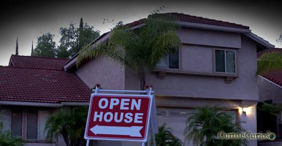 Casa dos horrores foi aberta a visitação - ela não é uma casa normal...