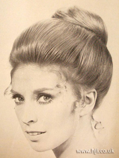 60 s hair up styles ponytail bouffant hairstyle hairstylegalleries 3057