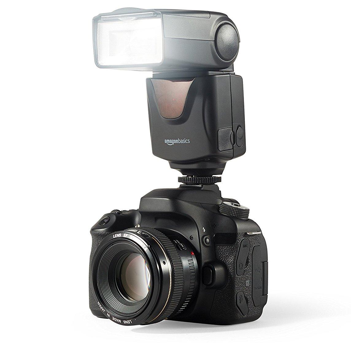 Вспышка AmazonBasics VT560 на камере