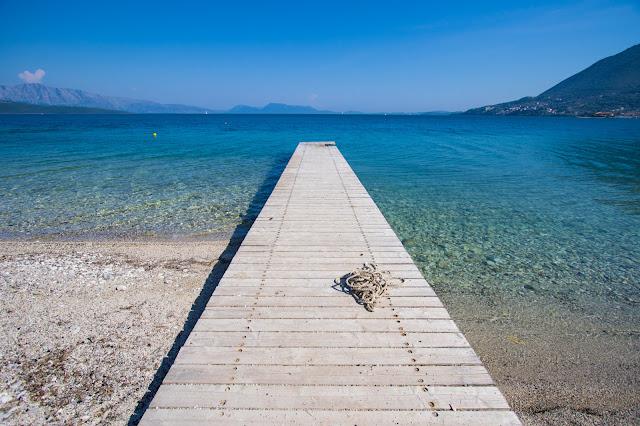 Spiaggia e mare di Nikiana