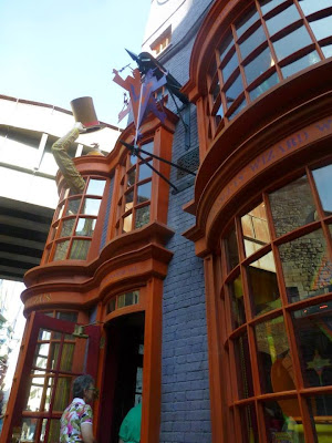 Weasley & Weasley Universal Studios
