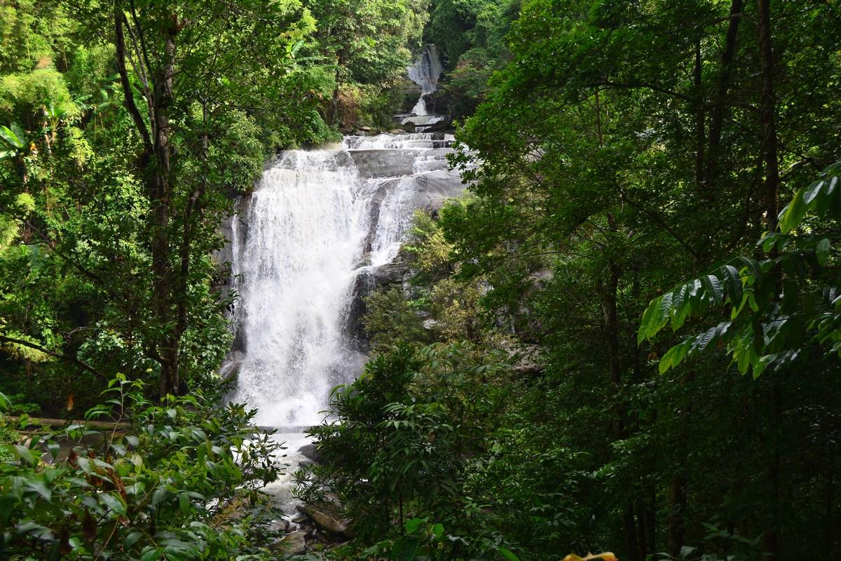 Cascade de Sirithan.