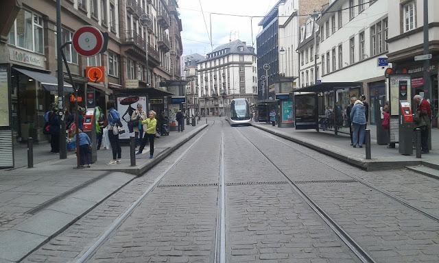 Fransa Strasbourg şehir merkezi ana cadde