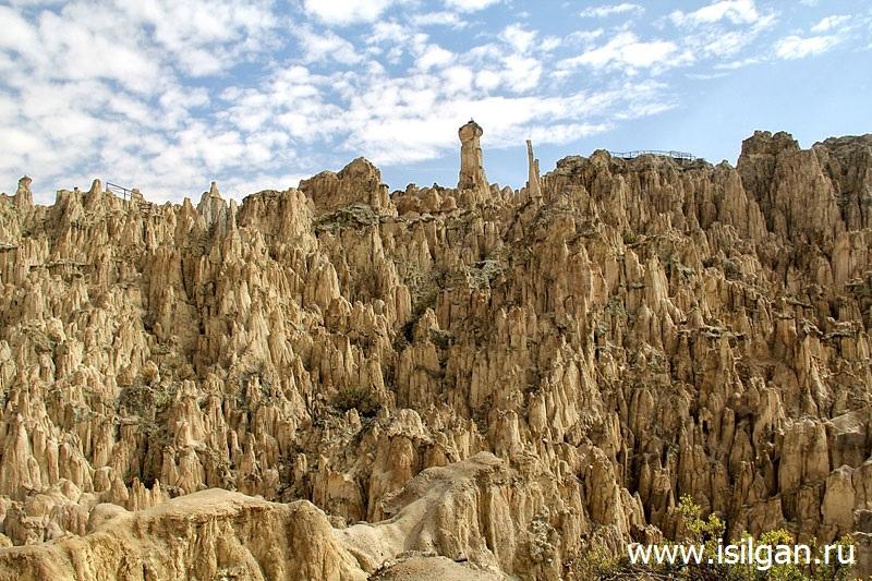 Lunnaja-dolina-Valle-de-la-Luna-Gorod-La-Pas-Bolivia