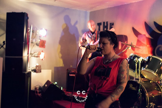 Kiss Me, Killer performing at The Dragonffli, Pontypool, Wales 29/7/2017