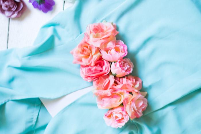 Decora tu ropa con flores diy