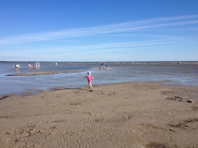 Pärnu ranta hiekka meri lapsi