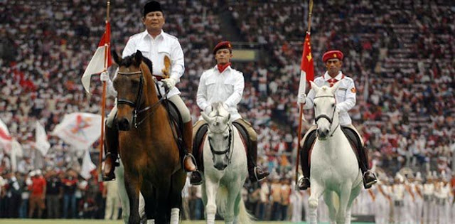 Biasa Naik Kuda, Prabowo Diajak Naik Sepeda
