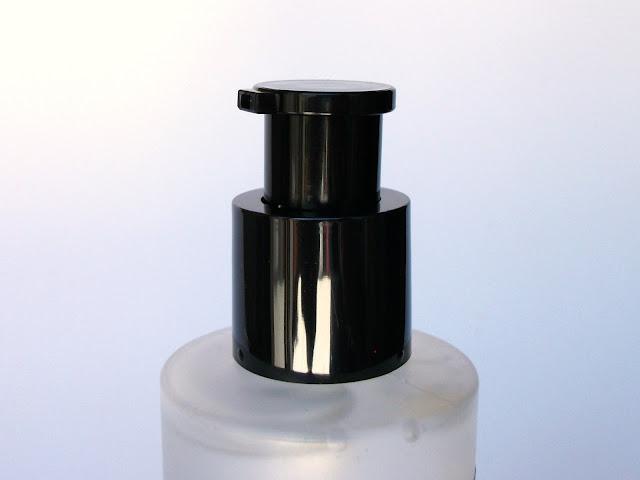 CORSX Advanced Snail 96 Mucin Power Essence, pump and packaging detail