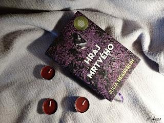 Hraj mrtvého - Julia Heaberlin - román, detektivka, thriller v jednom. Skvělý tip na knižní dárek