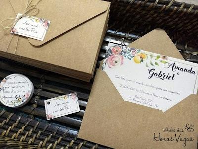 convite de casamento artesanal personalizado rústico estampa floral aquarelado envelope kraft e reciclado