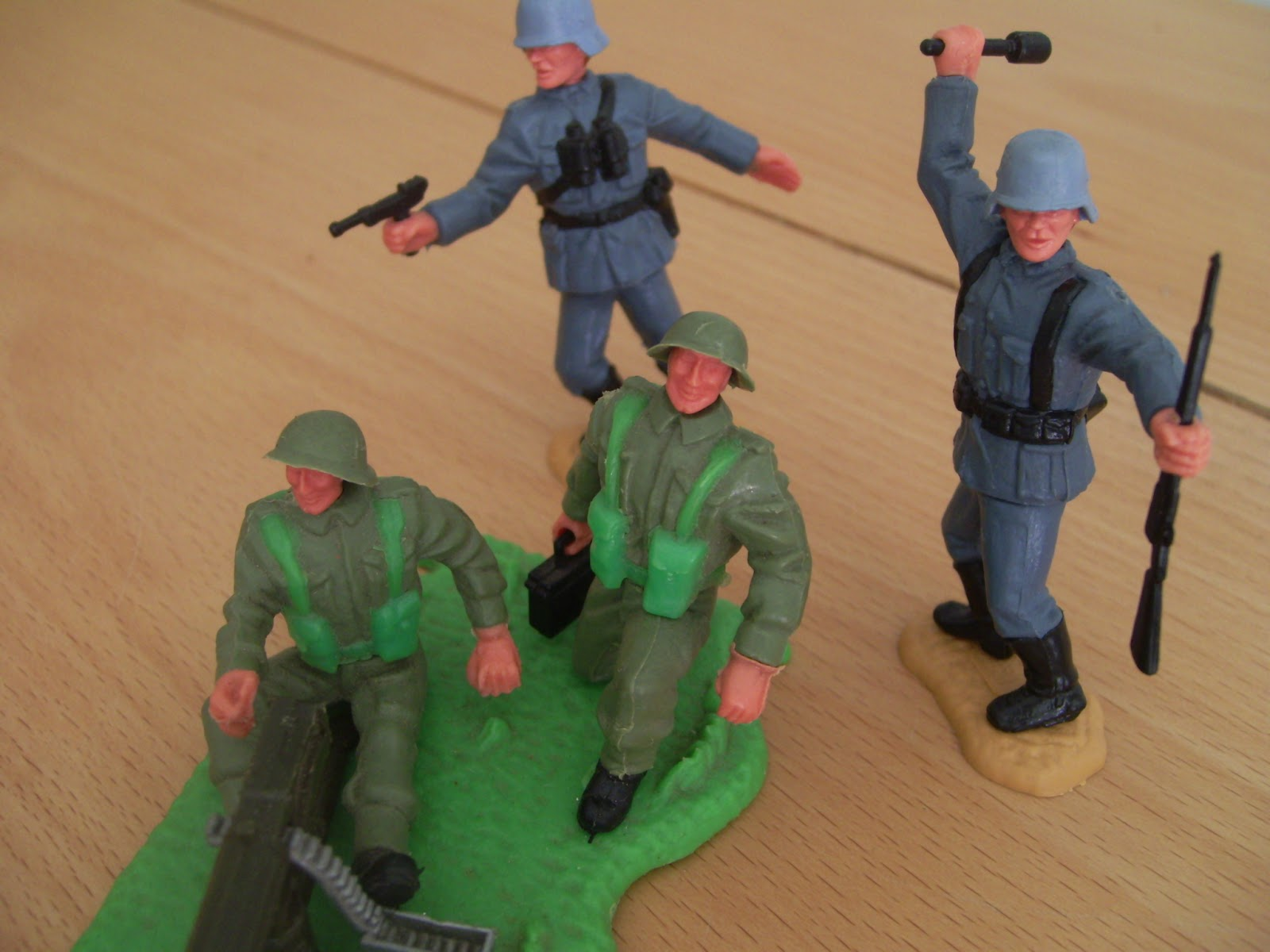 RAMM HOBBY: Timpo Toys Soldiers from WW2