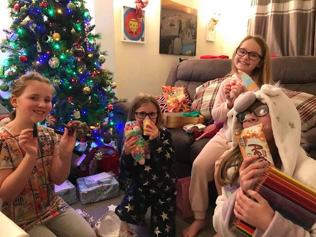sisters-christmas-secret-santa
