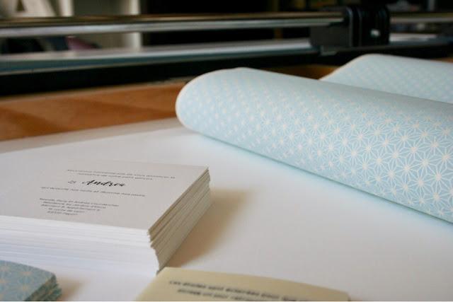 faire-part fait main délicat chic sur mesure original atelier fleur de pommier sur mesure original chic papier japonais étoiles naissance doux pastel