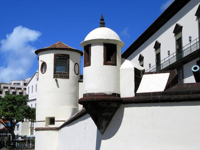 forms in Palácio de São Lourenço