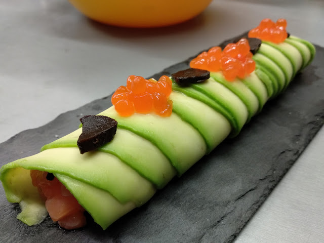 canelón de aguacate con salmón 1