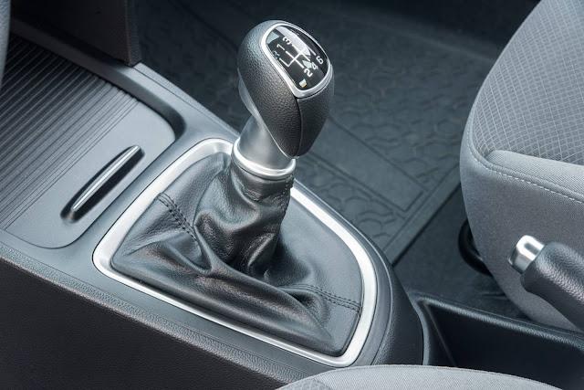 Hyundai Hb20 Turbo - câmbio manual de seis marchas