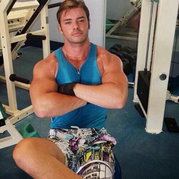 Thor Batista exibe em rede social o físico musculoso em academia. Foto: Instagram/Reprodução