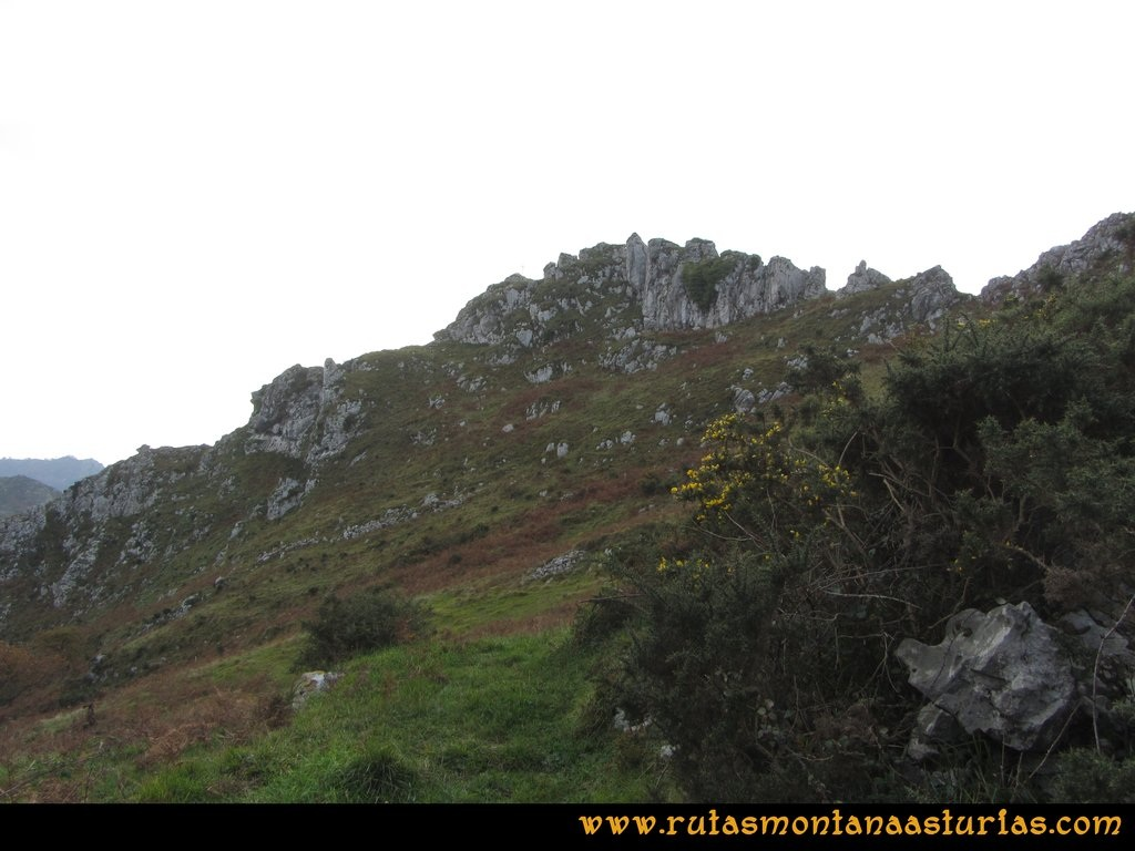 Ruta Baiña, Magarrón, Bustiello, Castiello. Base del Castiello
