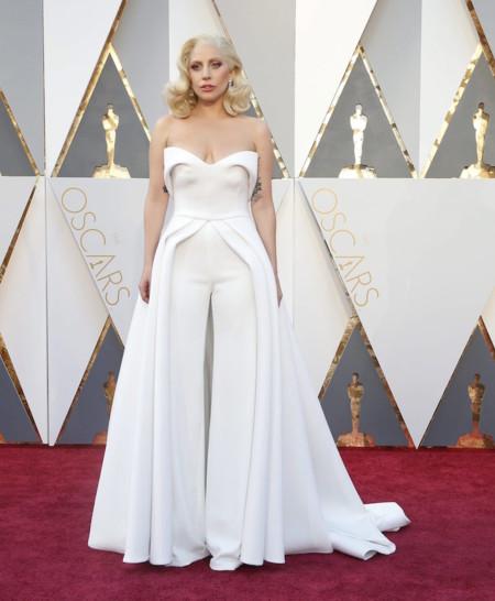 Oscar 2016 Lady Gaga vestida de Bardon Maxwell