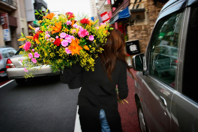 Flower Delivery in Aliso Viejo CA is easy and Fast