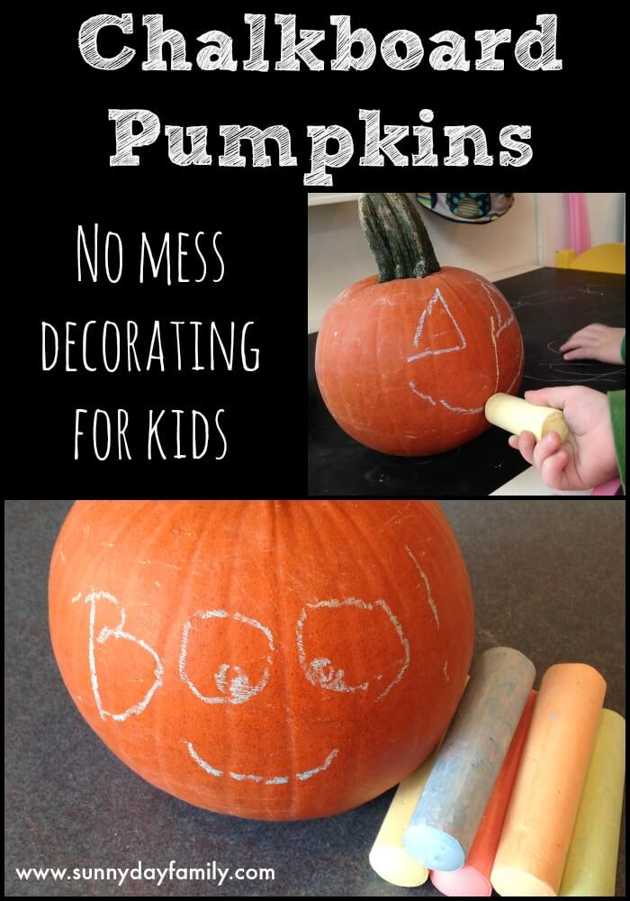 Fun no carve pumpkin decorating idea for kids! Easy pumpkin decorating idea for toddlers using chalkboard paint and chalk.