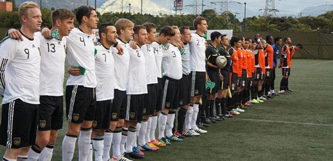 df736c758a C. C. 25 de Julho de Blumenau  Alemanha+ Brasil - Seleção Universitária  Alemã em Blumenau