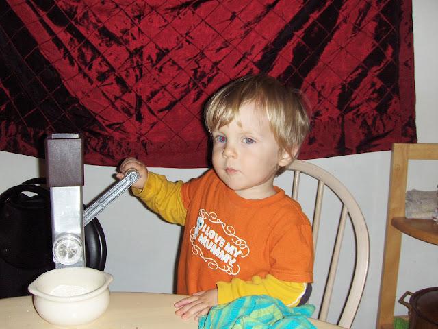 hand grinding flour