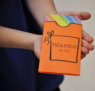 Students can make these thank you note pockets in the classroom to share with classmates or others as way to say thanks!