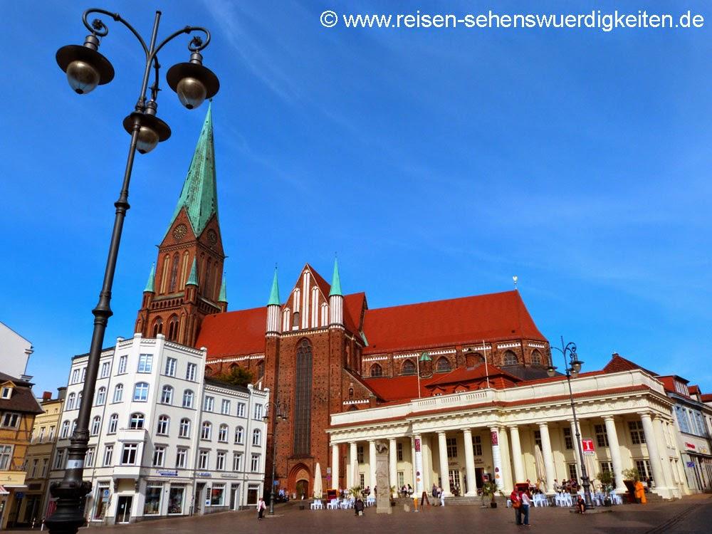 Schweriner Dom am Altstädter Markt