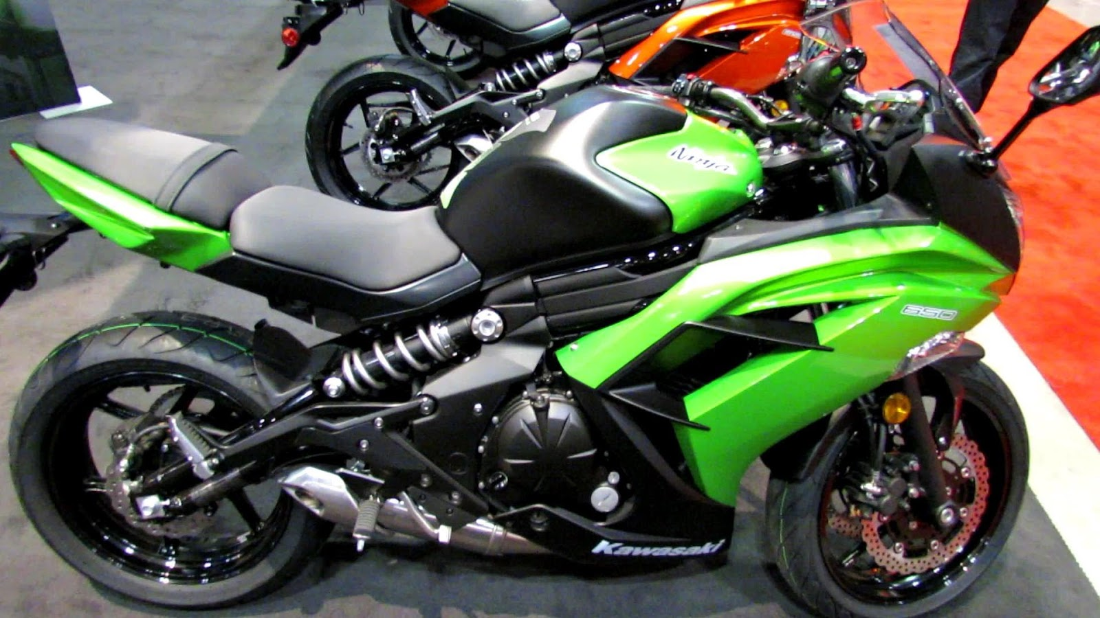 Kawasaki Ninja 300 Velocidade Final Automotive News