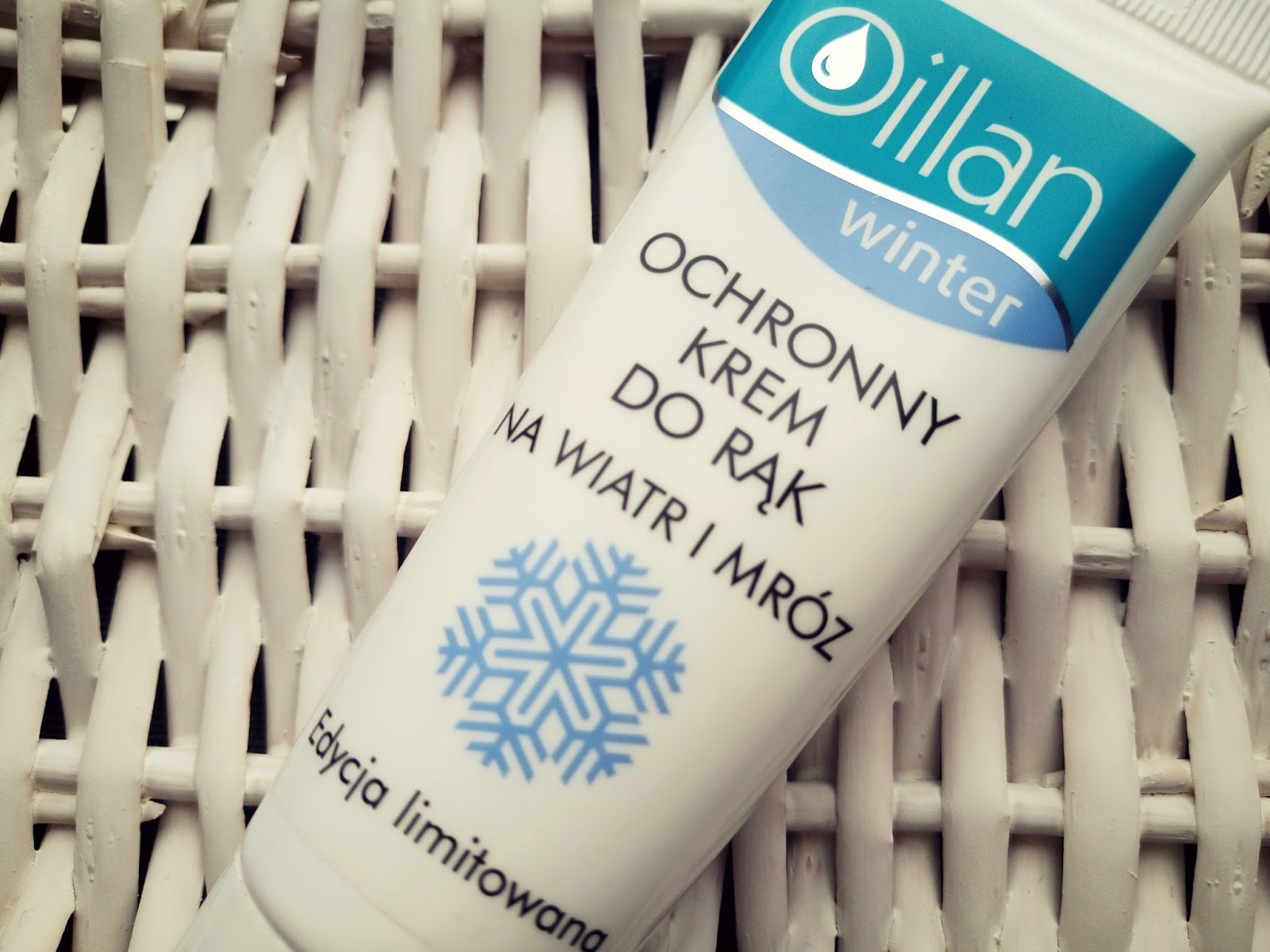 Oillan Winter Ochronny krem do rąk na wiatr i mróz https://coloursof-beauty.blogspot.com/