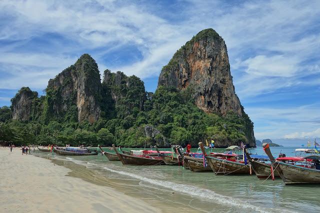 Thailand island and limestone cliffs