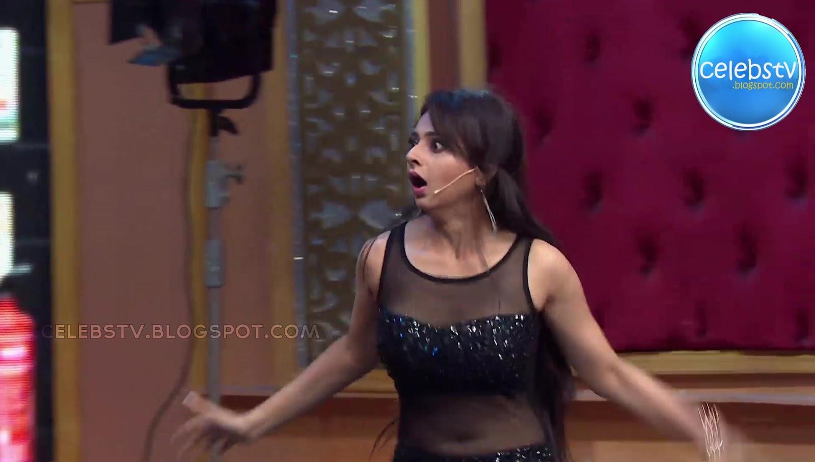 Sexy Tv Actress Monica Castelino Very Hot Navel Show In -6415