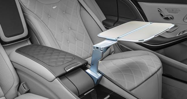 Bàn làm việc Mercedes Maybach S500 2017 thiết kế bắt mắt và tiện lợi