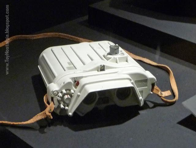 "Electrobinoculares modelo T2.3 Uso en Eco Base Hoth  ""Episodio V - The Empire Strikes Back""  (STAR WARS - The Exhibition)"