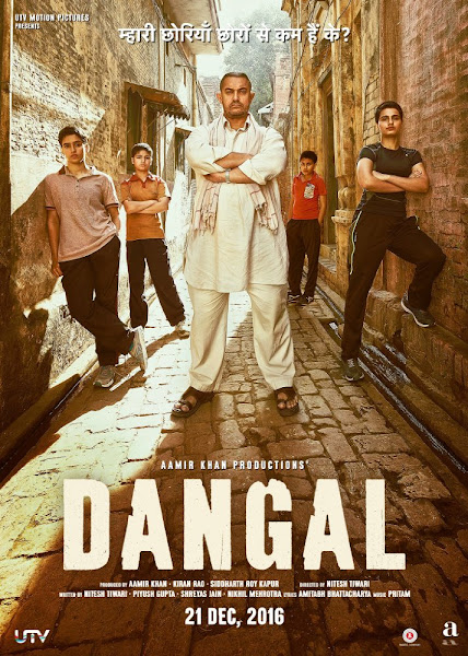 Poster of Dangal 2016 Hindi 720p BRRip Full Movie Download With English Subtitles