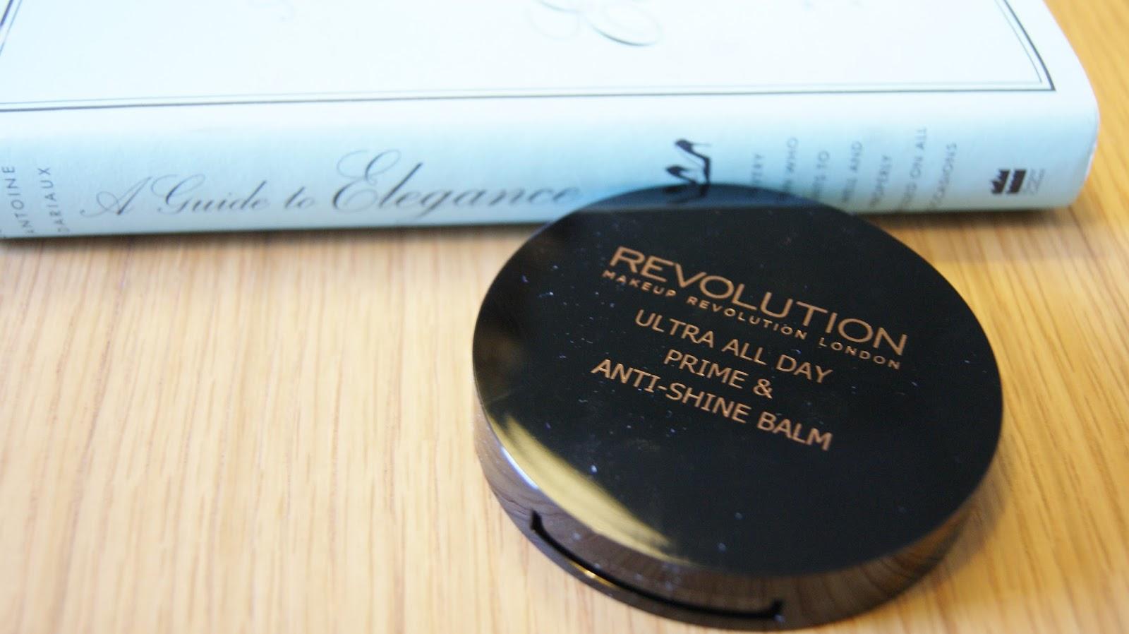Makeup Revolution All Day Prime & Anti-Shine Balm Pan Compact