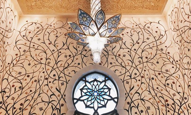 Sheik Zayed Grand Mosque - Grand Mosque - Abu Dhabi - UAE - When In UAE - Travel - Female Traveler