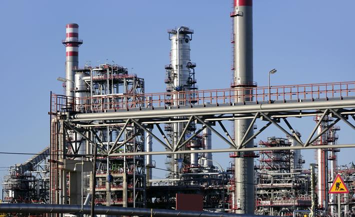 La logística representa entre 5% y 15% de los costos operativos de una planta petrolera. (Foto: Depositphotos)