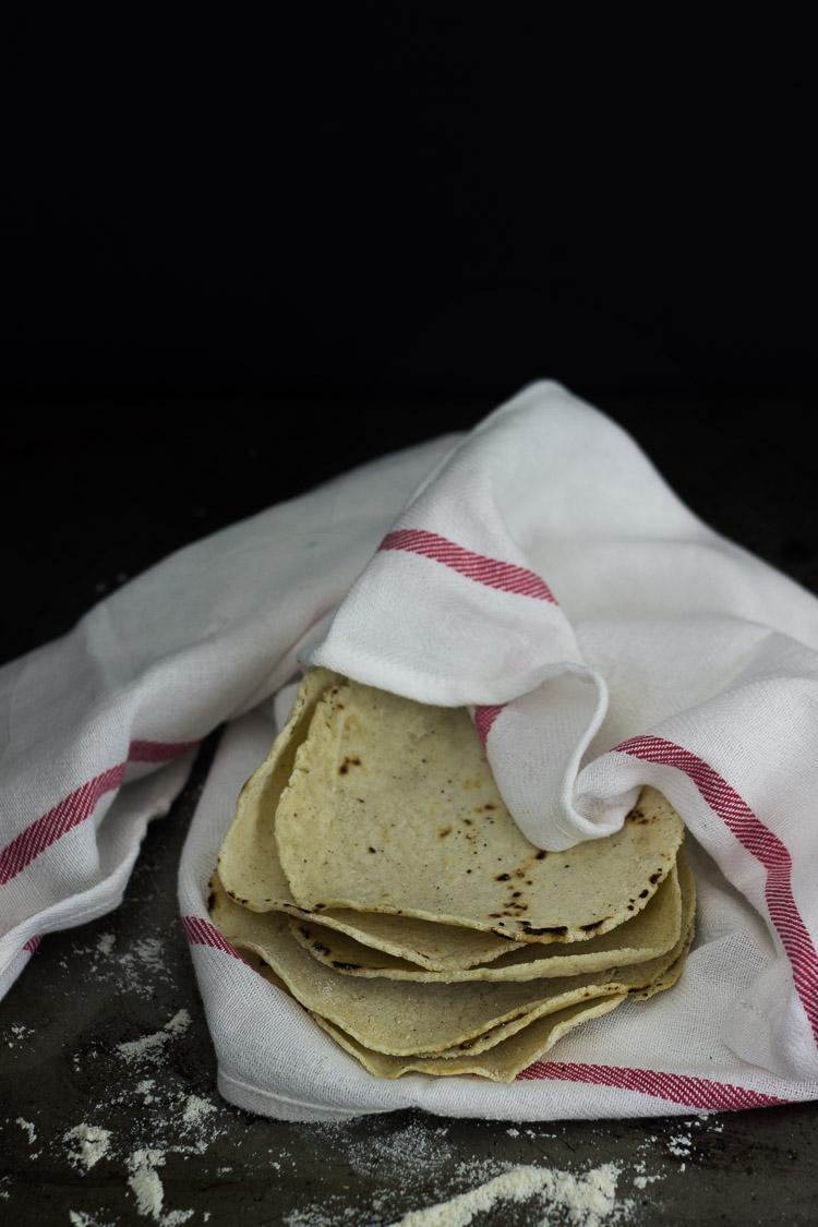 tortillas de maíz caseras