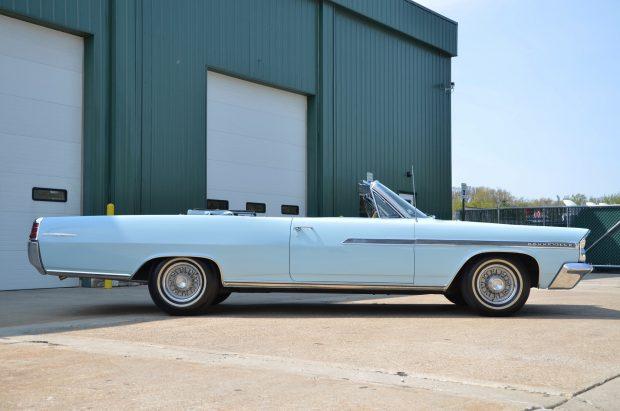 1964 Pontiac Catalina Blue