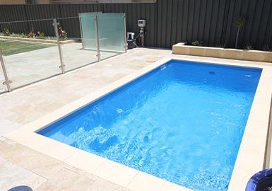 contoh kolam renang minimalis keren