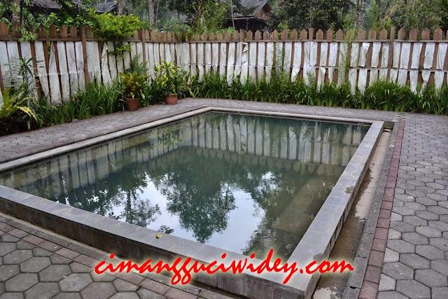 Wisata Kolam Air Panas Cimanggu 24 Jam