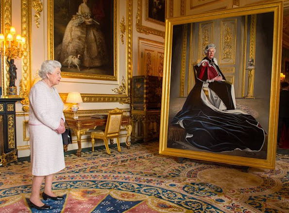 Queen Elizabeth Unveiles Her Portrait Marking Six Decades of Patronage. Style wore suit dress coat earrings bag