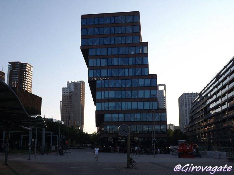Idee di viaggio girovagate cosa vedere in tre giorni a for Architettura olandese