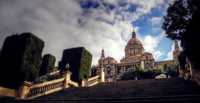 Cronoescalada solidaria a Montjuïc